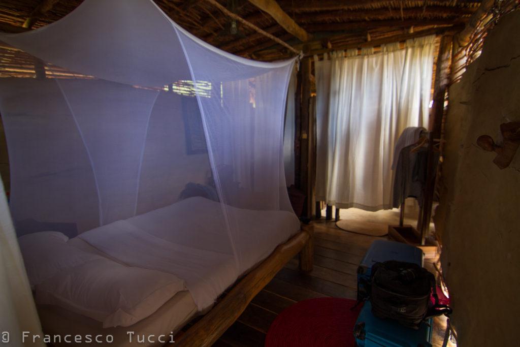 Bella camera, ma in balia degli insetti